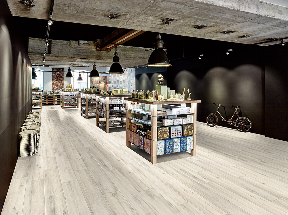 Suelo laminado Egger Design+ roble-rustico-blanco-pavimentos-arquiservi
