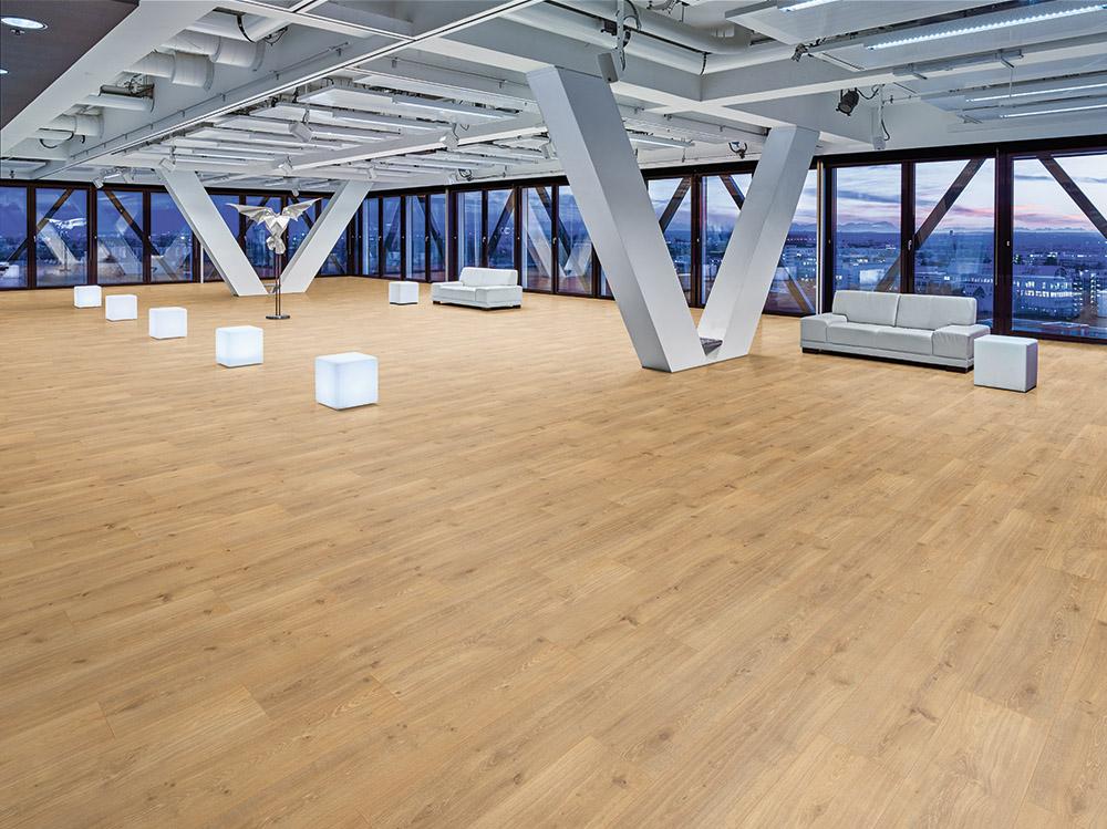 suelo-laminado-egger-design-roble-natural-clasico-pavimentos-arquiservi