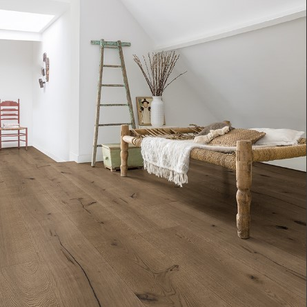 habitacion con suelo parquet roble chocolate oscuro coleccion massimo quick-step pavimentos arquiservi