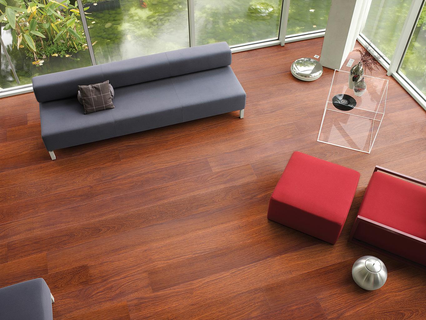 suelos laminados Largo de Quick-Step merbau-natural-en-planchas-arquidecora