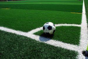 poner césped artificial campo fútbol pavimentos arquiservi